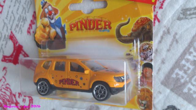 N°225A Dacia duster. 25330384582_20ddb5b2f4_z
