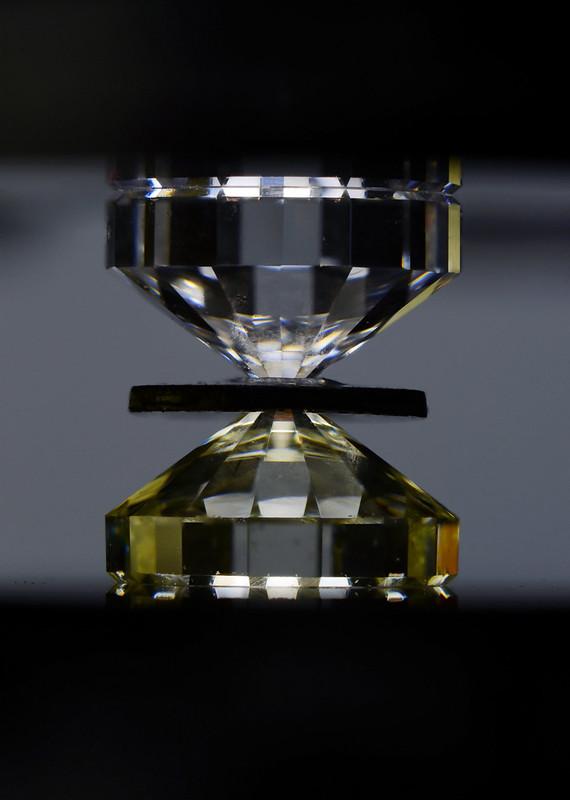 ダイヤモンドアンビル / diamond anvils