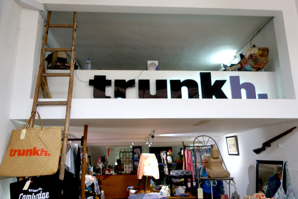 Trunkh, Phnom Penh, Where To Buy Souvenirs