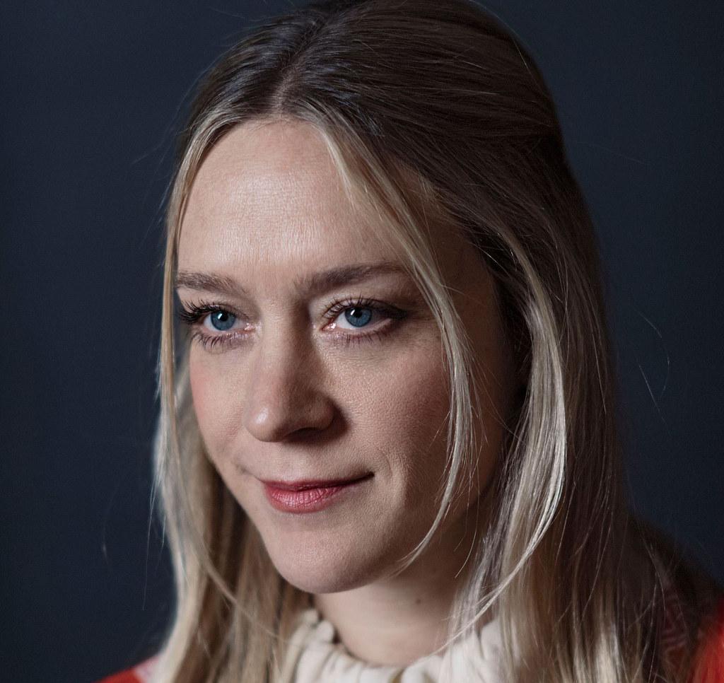 Хлоя Севиньи — Фотосессия для «Любовь и дружба» на «Sundance» 2016 – 45