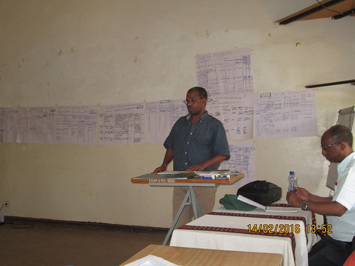 Germame Garuma, Deputy Head of the regional Bureau of Agriculture and Natural Resources speaking at the ToT workshop (photo credit: ILRI\Dereje Legesse)