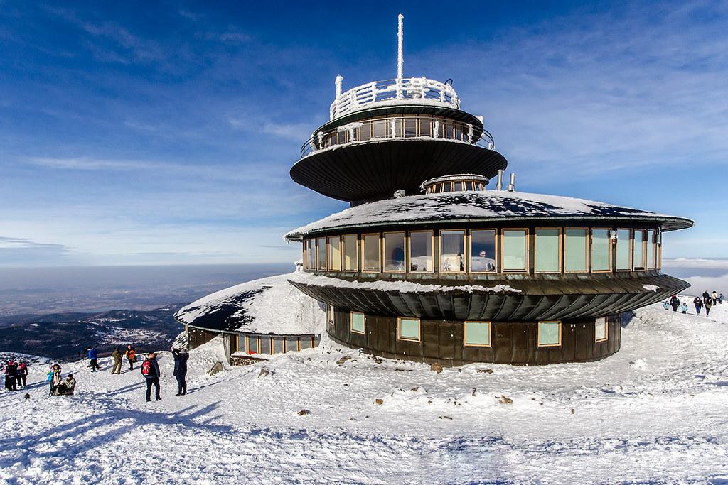 Station météorologique de Sniezka dans les Sudètes en Pologne - Photo de M. M. Czarnecki