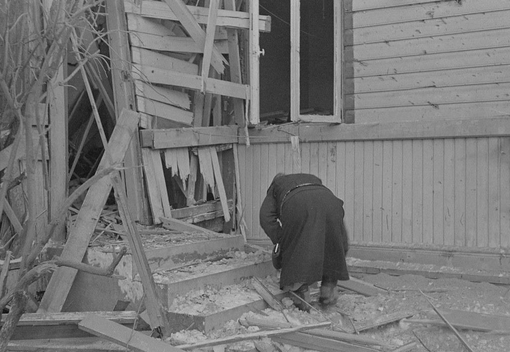 Последствия бомбёжек 1940.01.20 09