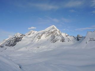 Ski tours round Gemmipass
