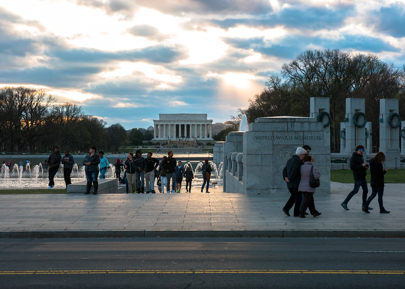 World War II Memorial with the Lincoln Memorial