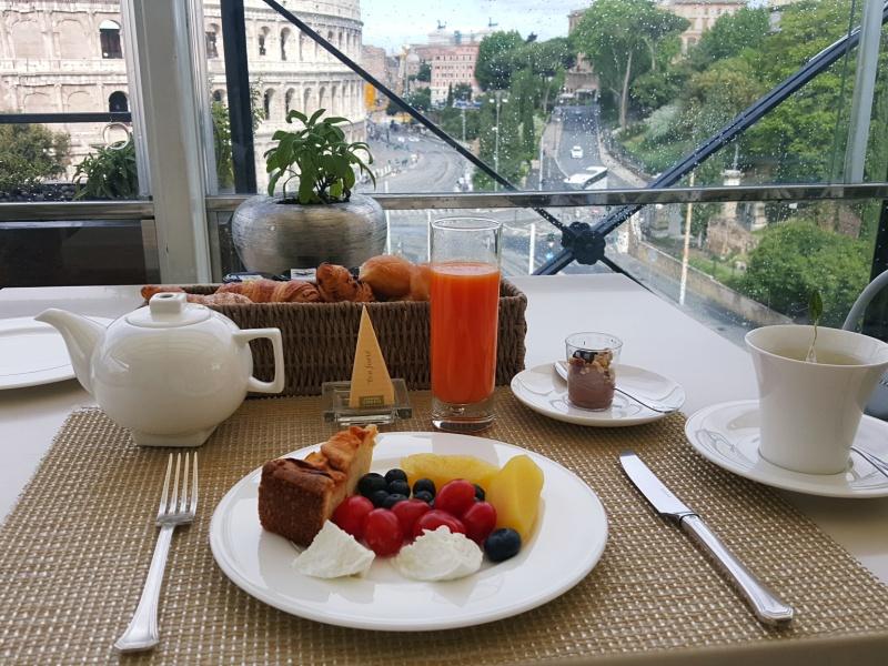 Aroma Restaurant breakfast Rome