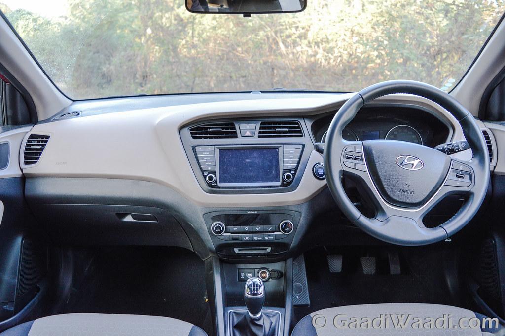 Hyundai Elite i20 AVN Test drive review-22