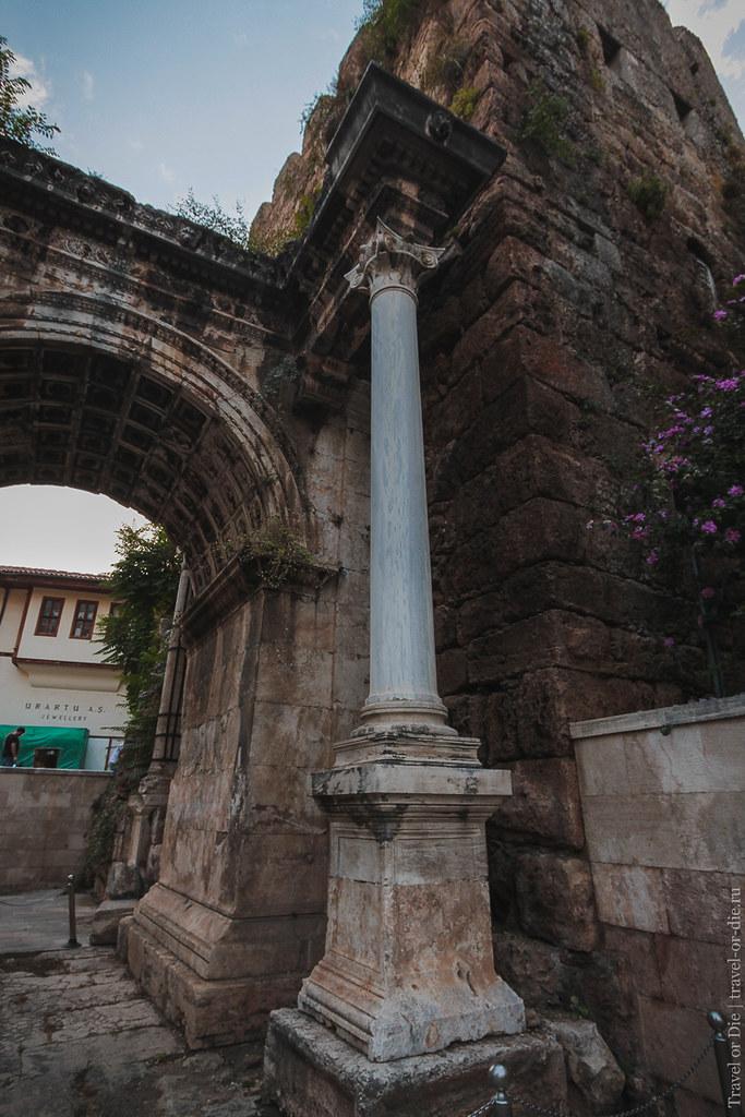 Hadrian's Gate / Ворота Адриана