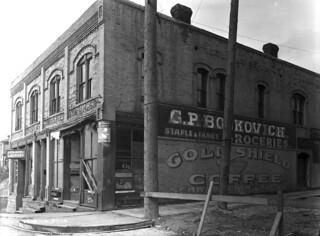 9th & Main, 1916