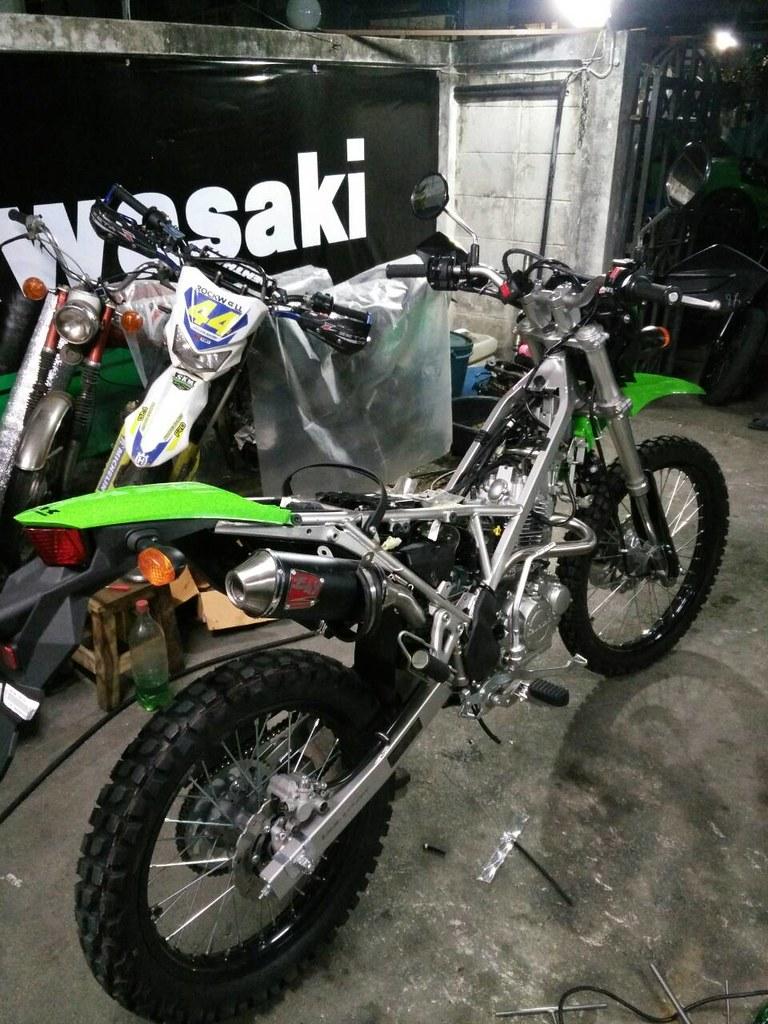 Kawasaki Klx 150 Bf Idea Di Immagine Del Motociclo