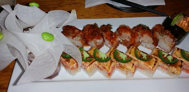 2015-Jan-5 Kishimoto - oshizushi - spicy tuna (top), salmon (bottom)