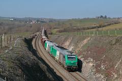 Train de cailloux en provenance de Cusset-03/2016 - Photo of Neulise