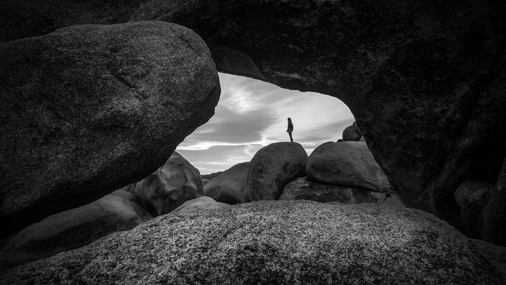 Arch rock, Joshua tree national park, USA picture