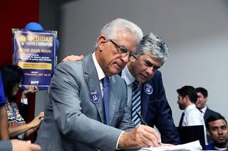 Deputados do Solidariedade colaboram com os 2 milhões de assinaturas contra a corrupção