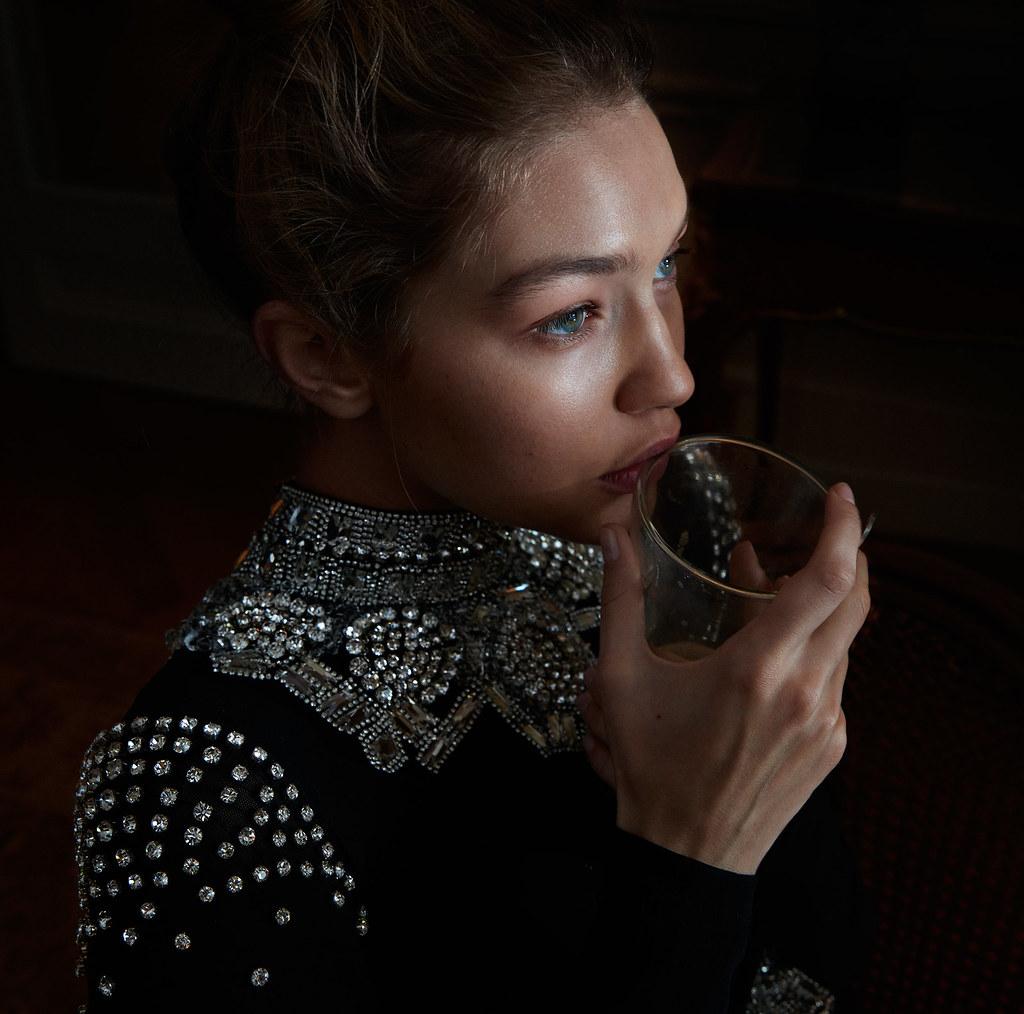 Джиджи Хадид — Фотосессия для «Vogue» DE 2016 – 14