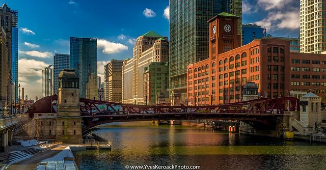 Chicago River near the Lasalle Street bridge