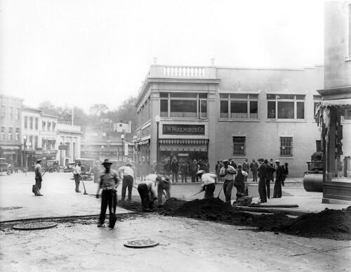 1935 Road Reapair at Brown and Division Streets