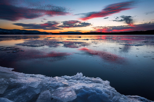 winter sunset snow newyork ice clouds reflections river valley hudsonriver hudsonvalley beaconny denningspoint hudsonhighlands