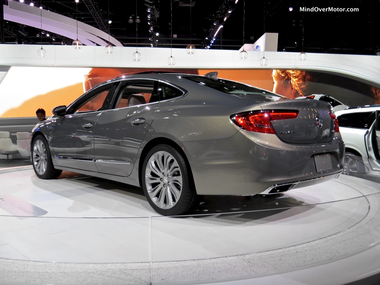 Buick LaCrosse Rear Side