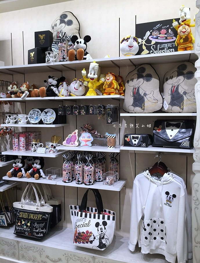 29 日本東京購物原宿白色迪士尼Disney Store