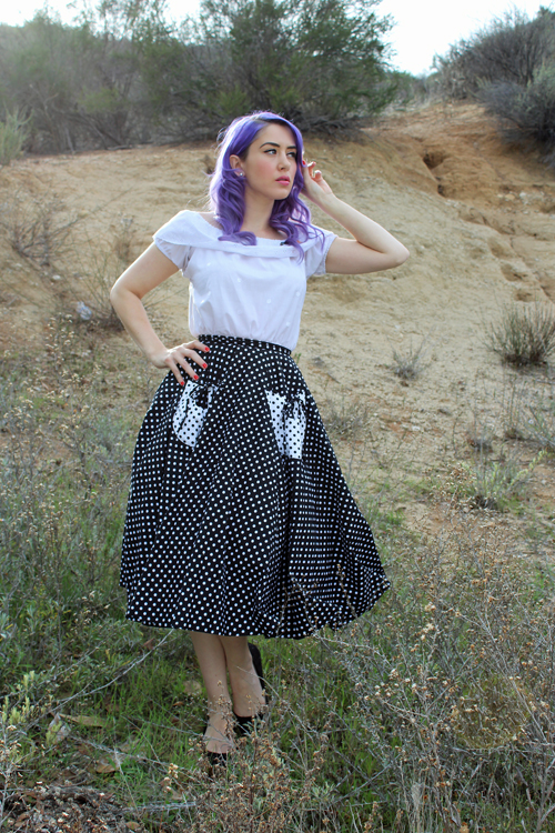Vivien Of Holloway 1950s Circle Skirt Black White Spot Gypsy Top Classic White with White Embroidered Spots