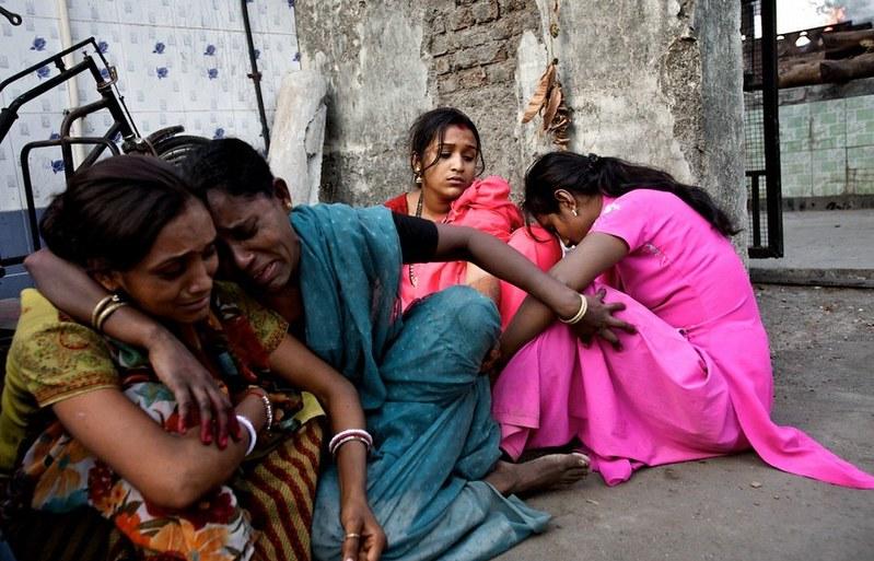世界最大紅燈區—性暴力國度 孟買—傷痕累累的性工作者16