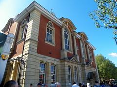 GOC Walthamstow to Stratford 002: Walthamstow Central Library