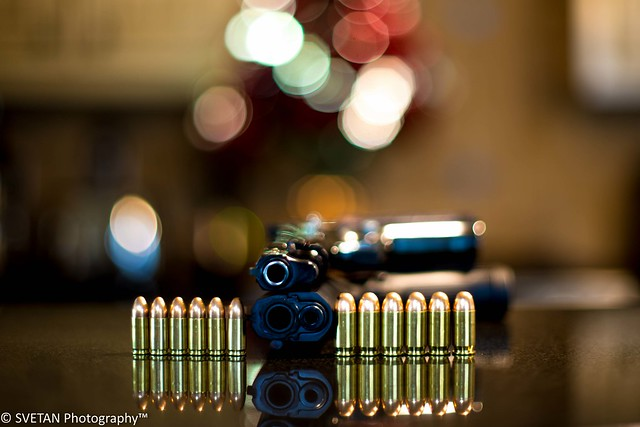 RUSSIANTEXAN © - SENTIMENTAL GUNS: 9mm vs 0.45