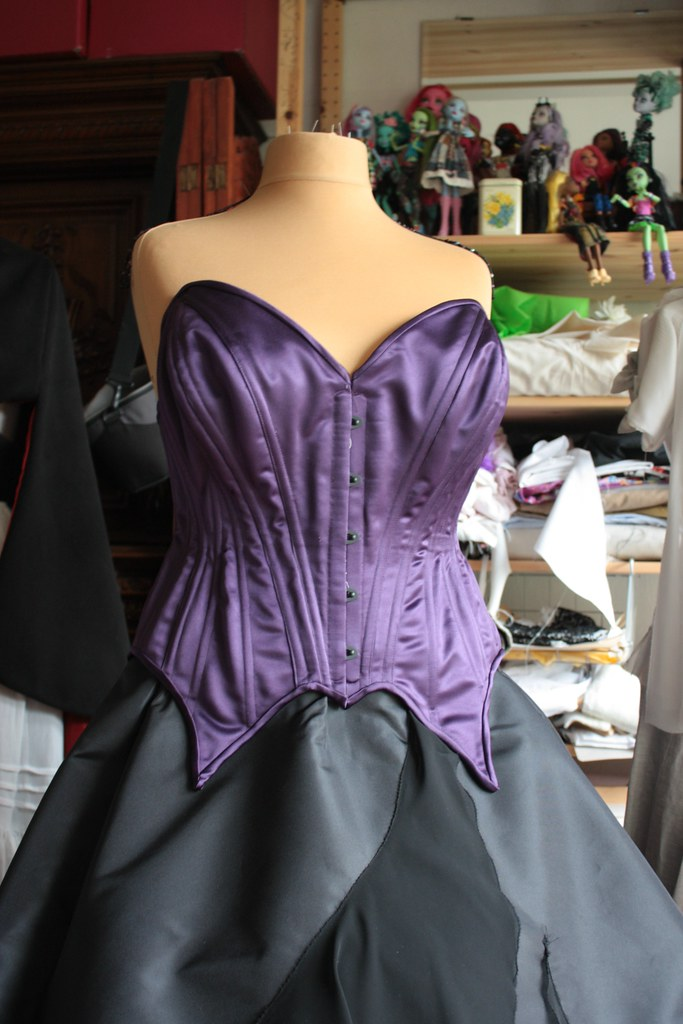 Robe Ursula, jupe et corset