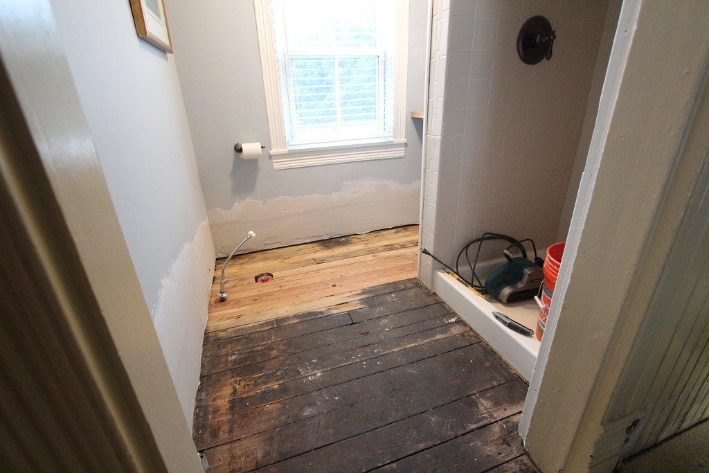Cleaning Up and Refinishing an Antique Heart Pine Floor - Old Town Home