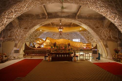Reclining Buddha at Kusinara pagoda