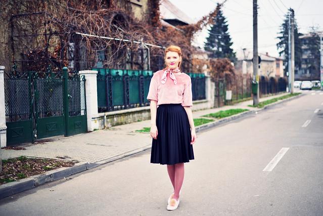 Black_rose_quartz_outfit (1)