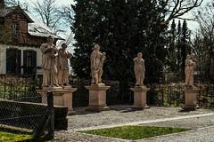 Hatzbach Platz der Tugenden