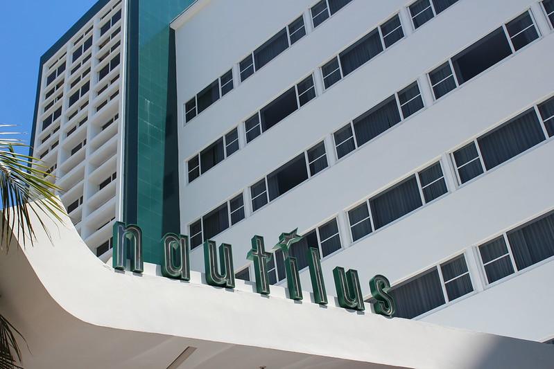 Mid-Century Nautilus Hotel Miami Beach