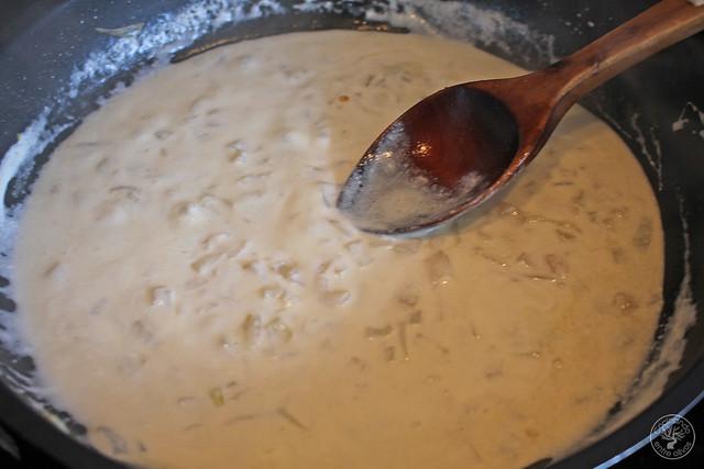 Espaguetis con almejas y vino blanco www.cocinandoentreolivos.com (13)