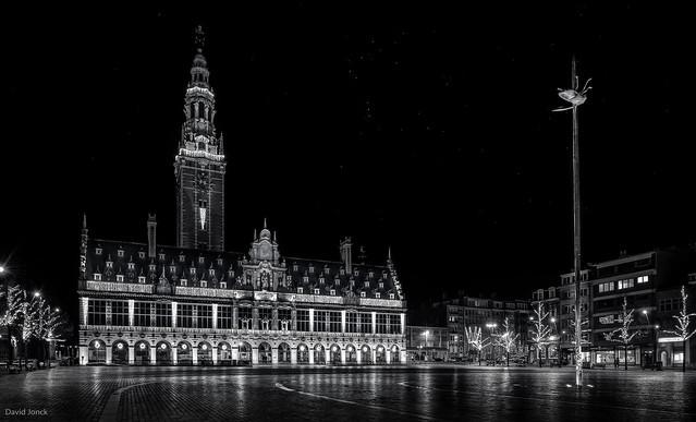 Bibliotheek KU Leuven & De Totem - B&W