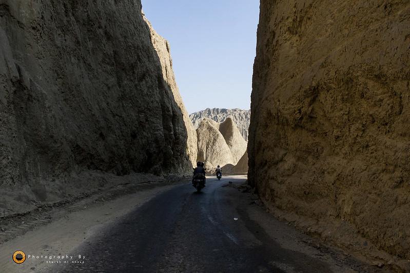 Trip to Cave City (Gondhrani) & Shirin Farhad Shrine (Awaran Road) on Bikes - 23818098139 9d3c81d050 c