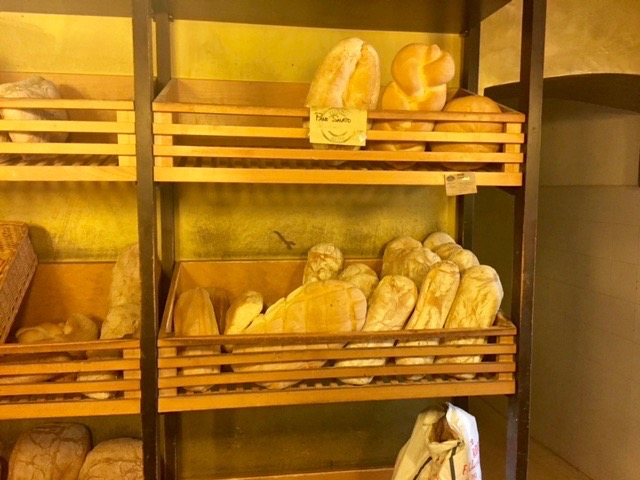 pane-casareccio-cr-concierge-in-umbria