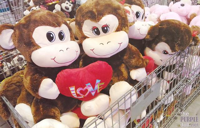 Valentine Hugging Gorillas