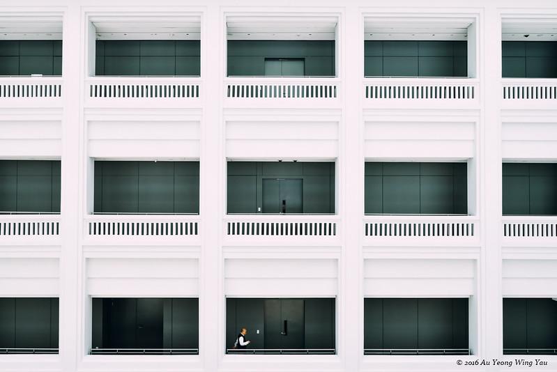 Singapore National Gallery: Interior Courtyard 2