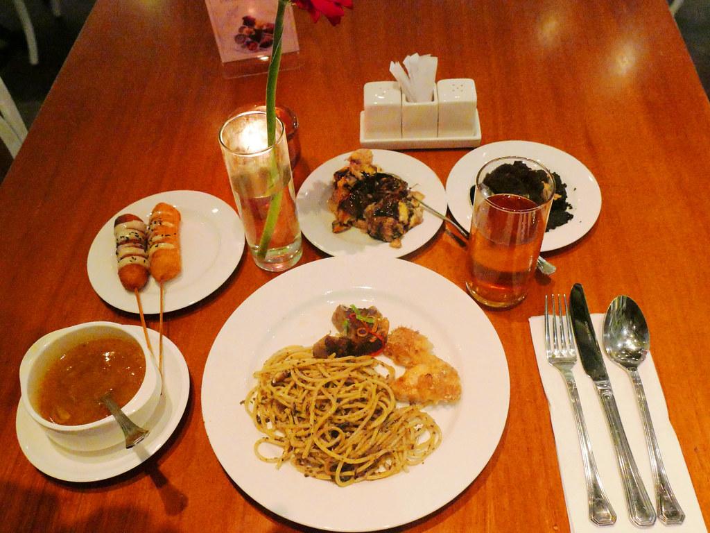Wyl's Kitchen - Veranda Hotel - Pakubuwono (8)