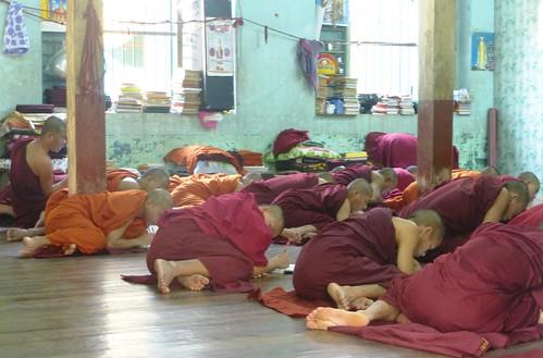 M16-Mandalay-Quartier des moines-Moines (5)
