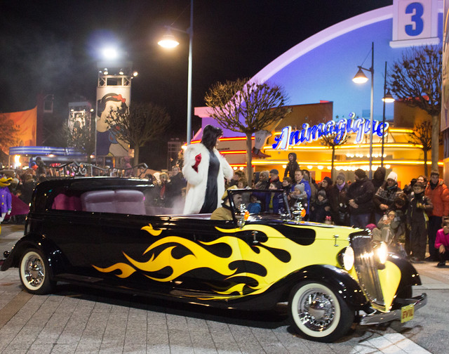 Disneyland Paris Stars In Cars Cruella