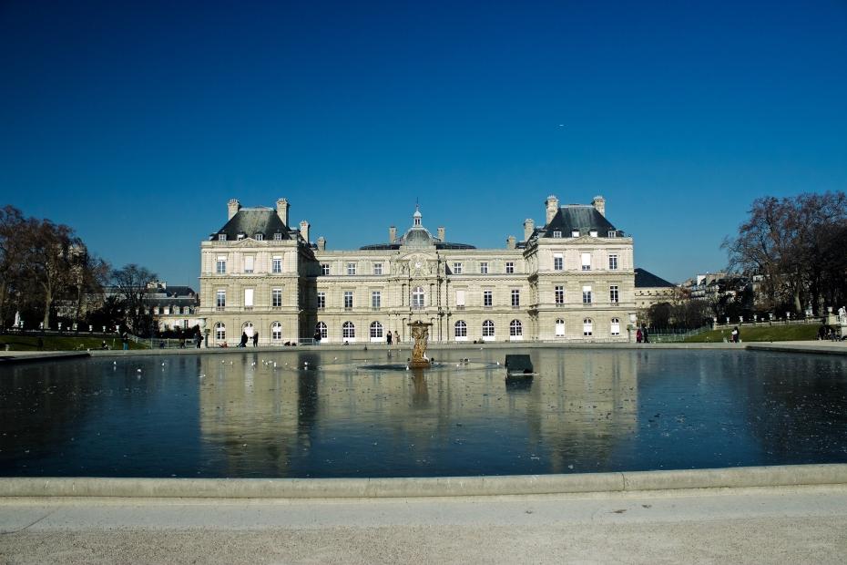 lara-vazquez-madlula-fashionblog-Paris-Palacio de Luxemburgo