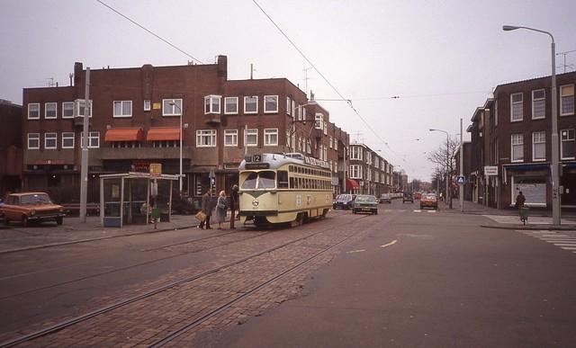 19810312 Den Haag, Goudenregenstraat / Goudenregenplein - PCC 1023