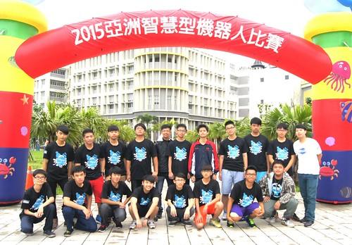 泰山高中-機器人創意研究社