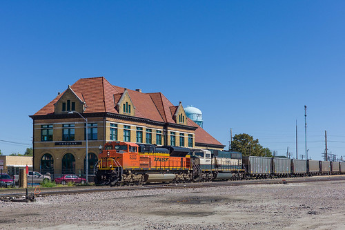 railroad train unitedstates outdoor iowa locomotive bnsf creston coaltrain