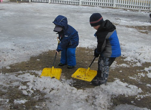 ice removal crew