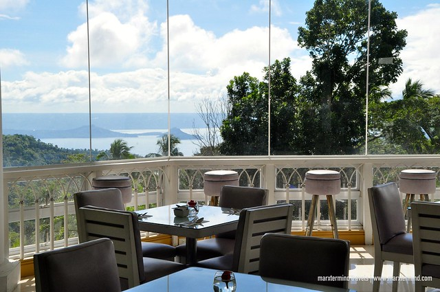 Dine In Area of Estancia Resort Hotel
