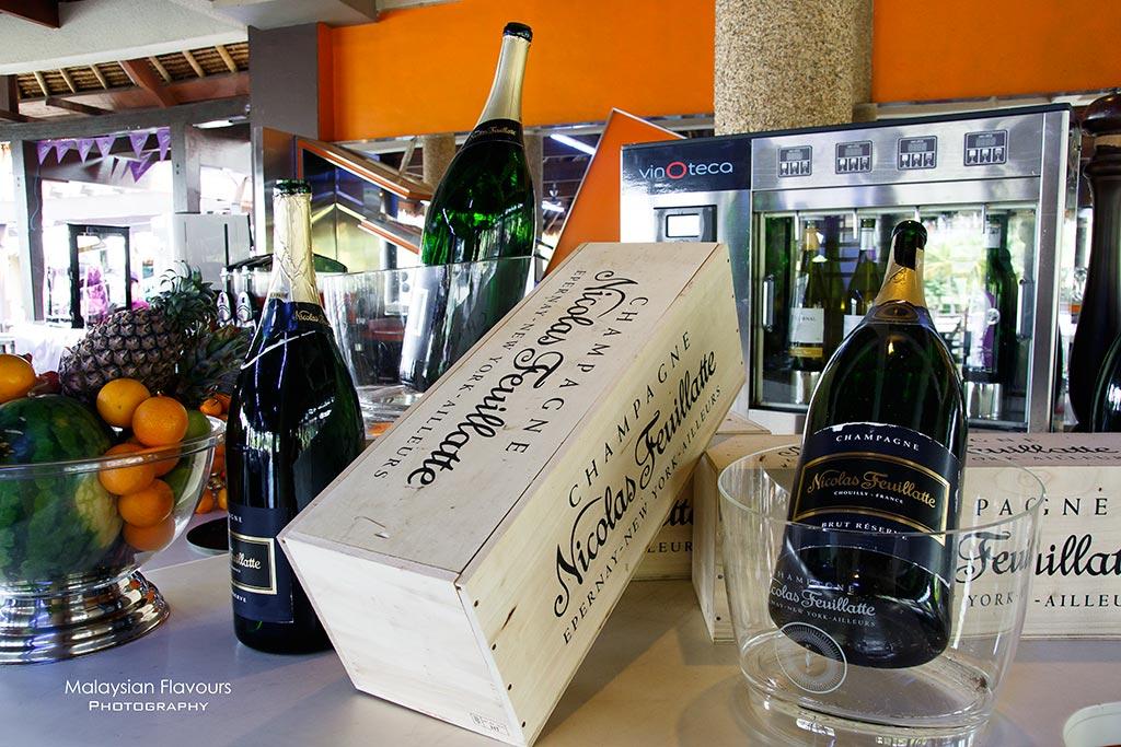 Pullman Putrajaya Lakeside Epic Brunch Buffet champagne